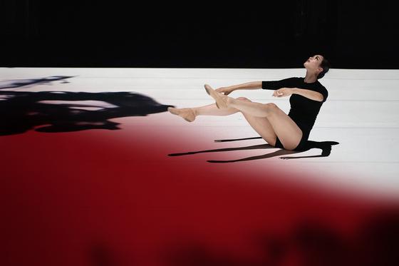 """Choreographer Lee Lu-da's """"Dystopia"""" [OCK SANG-HOON]"""