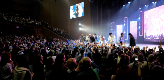 Fans fill the Crocus City Hall in Moscow for a K-pop concert on Aug. 31, 2019. [KOREA CREATIVE CONTENT AGENCY]