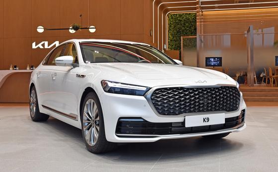Kia's K9 sedan is displayed at the automaker's showroom in Hwaseong, Gyeonggi on Tuesday. [KIA]