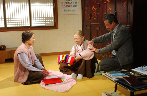 A scene from ″Country Diaries″ [MBC]