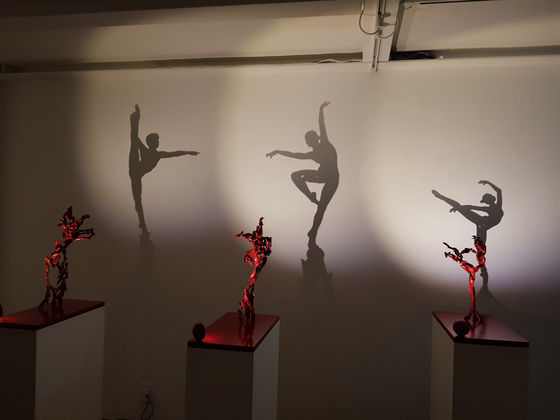 """View of the """"Illusion of Sculpture: Passion"""" exhibition [PYO GALLERY]"""