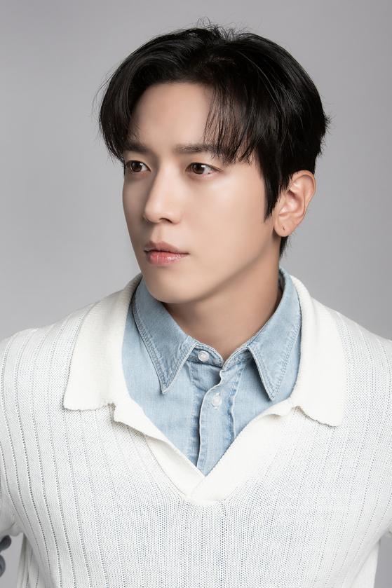 Jung Yong-hwa [FNC ENTERTAINMENT]