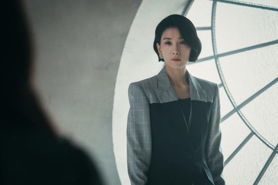 """Kim portrays the aristocratic daughter-in-law of a chaebol family in tvN drama series """"Mine."""" [TVN]"""