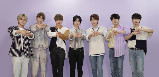 Boy band Kingdom poses for photos before an interview with the Korea JoongAng Daily. [JEON TAE-GYU]