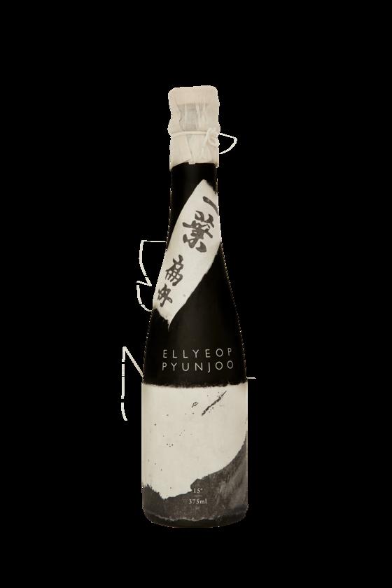 A bottle of Ellyeop Pyeonjoo [ELLYEOP PYEONJOO]