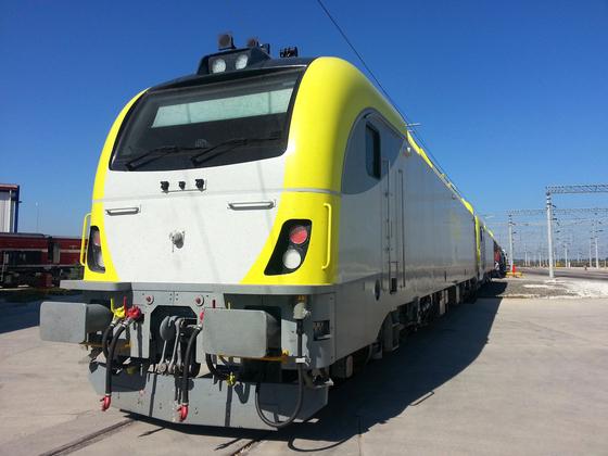 Hyundai Rotem's electric locomotive. [HYUNDAI ROTEM]