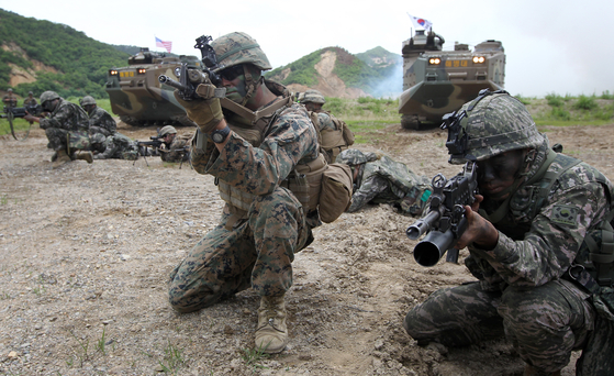 A file photo of a U.S.-Korea joint military exercises in Pohang, North Gyeongsang, in 2016. [GONG JEONG-SIK]
