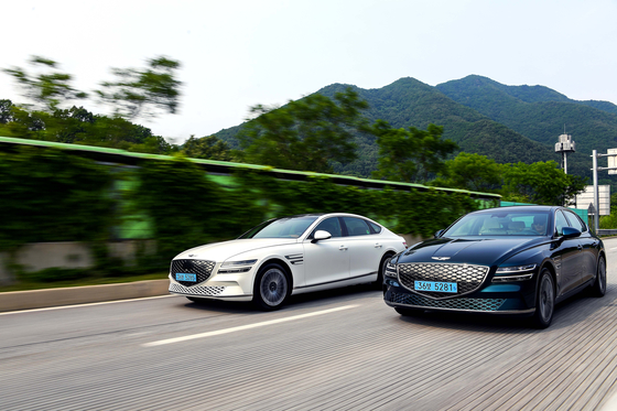 The Electrified G80s on the road. [HYUNDAI MOTOR]