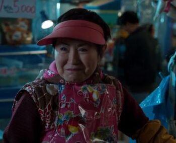 """Korean-American actor Alexis Rhee briefly appears and speaks Korean in Marvel film """"Black Panther"""" (2018). [WALT DISNEY COMAPNY KOREA]"""