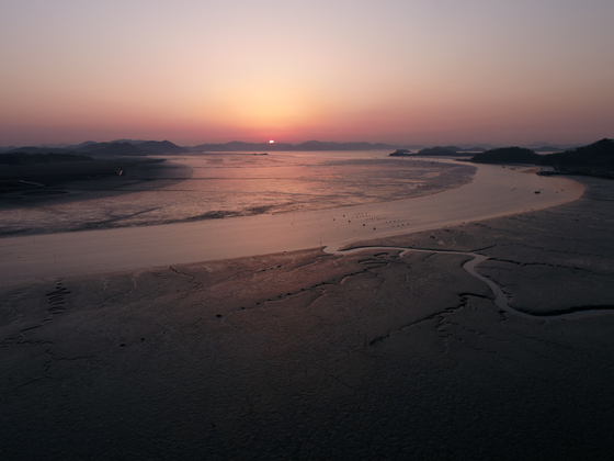 Boseong-Suncheon Getbol, a vast tidal flat that spreads across Boseong County and Suncheon City in South Jeolla. [CULTURAL HERITAGE ADMINISTRATION]