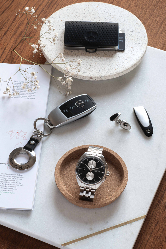 Mercedes-Benz Korea's accessory and collection ranges include a variety items such as watches, wallets and key rings. [MERCEDES-BENZ KOREA]