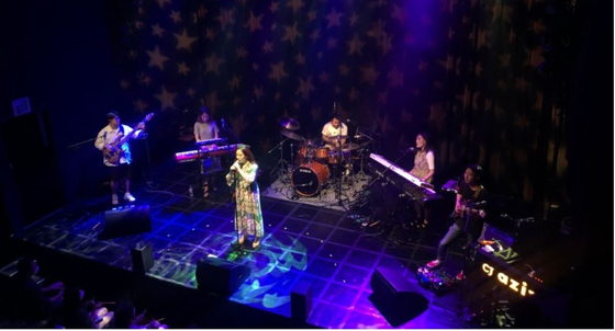 Mixed pop band Yeven performs its debut concert at CJ Azit Gwangheungchang last year after releasing its debut album ″Six Colors of Night.″ [CJ CULTURAL FOUNDATION]