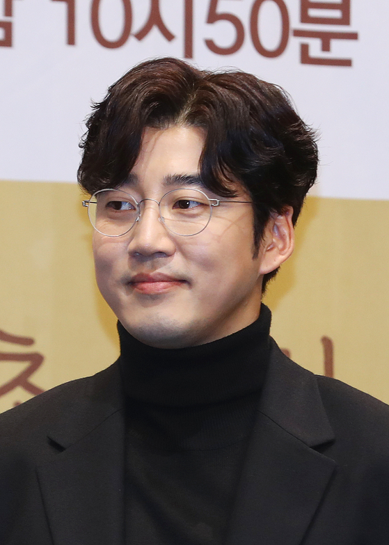 Actor Yoon Kye-sang [ILGAN SPORTS]