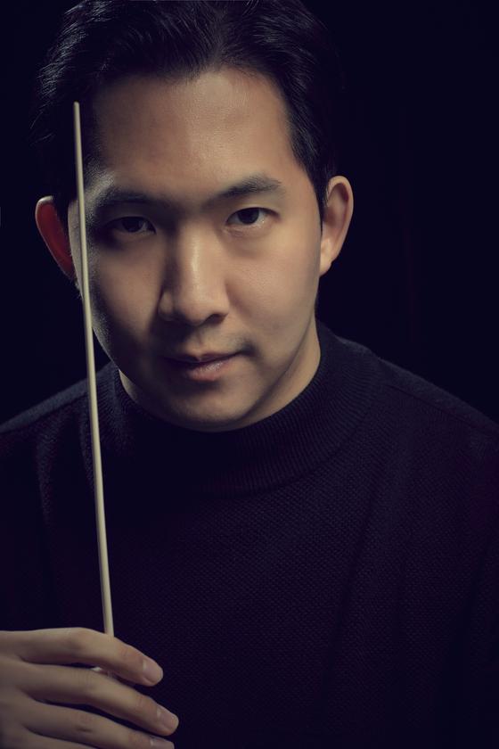 Bandleader Samuel Seung-won Lee [SAC]