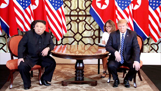 U.S. President Donald J. Trump, right, and North Korean leader Kim Jong-un, left, at the start of their second meeting at the U.S.-North Korea summit in the Sofitel Legend Metropole hotel in Hanoi, Vietnam, on Feb. 28, 2019. [EPA/YONHAP]
