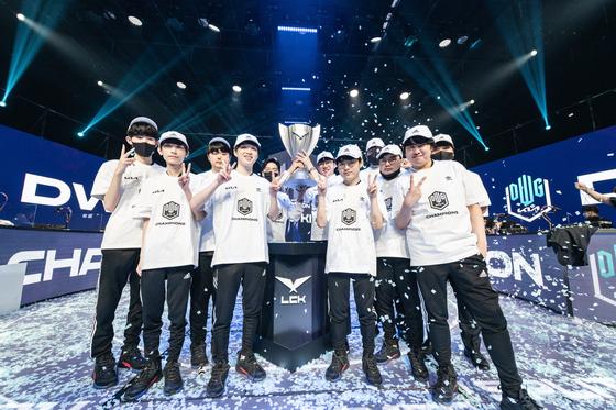 DWG KIA win the 2021 League of Legends Champions Korea Summer Split Finals. [LCK PRESS COPRS]