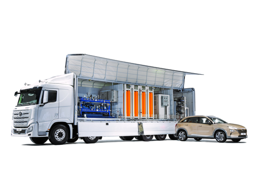 H Moving Station, a heavy-duty vehicle equipped with charging facilities for fuel cell EVs, was introduced as a solution to deliver convenience, especially in areas with limited hydrogen refueling stations. [HYUNDAI MOTOR GROUP]