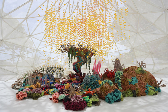 """Mulyana's """"Sea Remembers"""" raises awareness about protecting the environment and hopes for living creatures of the earth to co-exist harmoniously. [CHEONGJU CRAFT BIENNALE]"""
