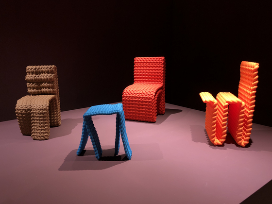 Lee Kwang-ho's ″Obsession″ series features furniture made using knots. [SHIN MIN-HEE]