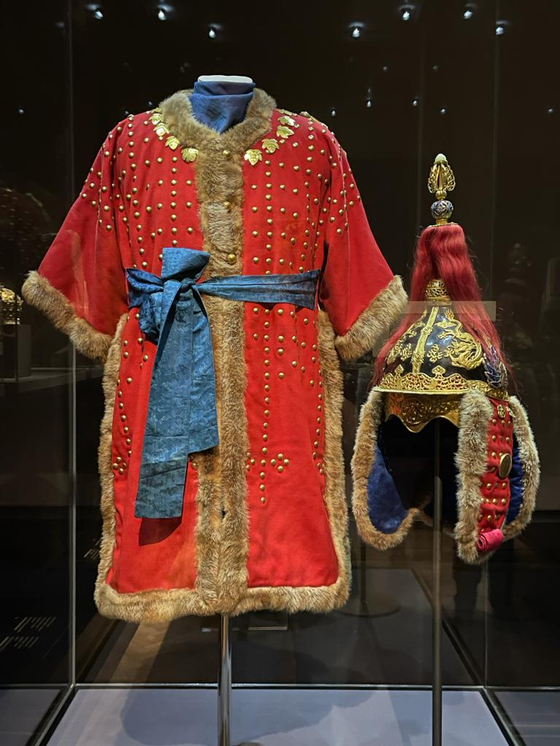 The war robe of a prince gifted from Korea to Austria during the Joseon Dynasty (1392-1910). [EMBASSY OF AUSTRIA IN KOREA]