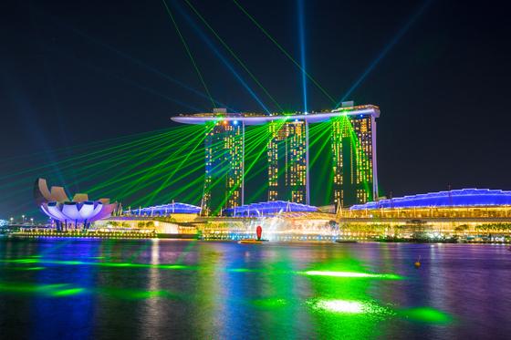 Marina Bay Sands in Singapore [BAEK JONG-HYUN]