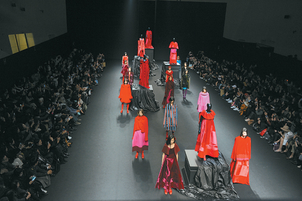 Seoul Fashion Week Opens Up To The Public Biannual Event Looks To Expand Across The City
